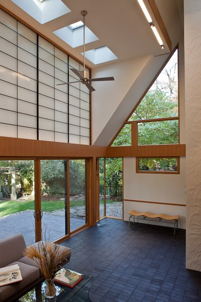 Photo 6 of Sixties Solarium modern home