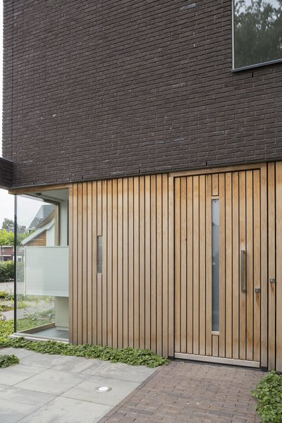 entrance Photo 5 of House Vlijmen modern home