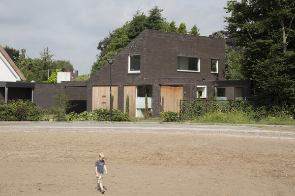 streetview Photo 9 of House Vlijmen modern home