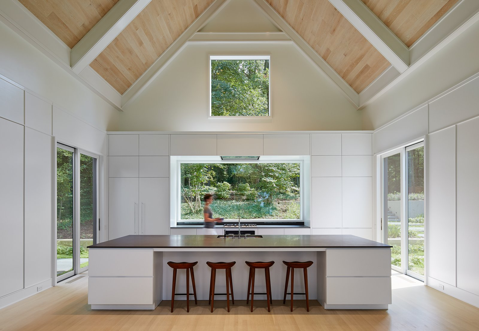 Kitchen / Living Room New Buffalo Residence by Booth Hansen