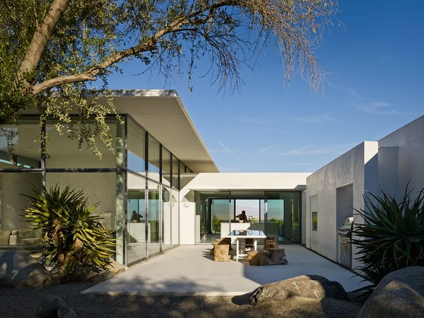 Back Terrace Photo 8 of Palm Springs House modern home