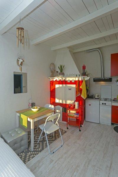 Photo 9 of Beachside Bungalow Studio modern home