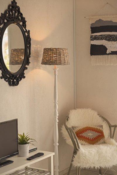 Photo 18 of Beachside Bungalow Studio modern home