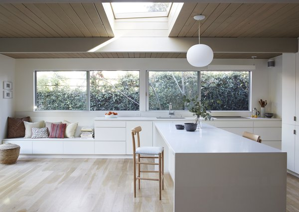 Photo 2 of Greenwood House modern home