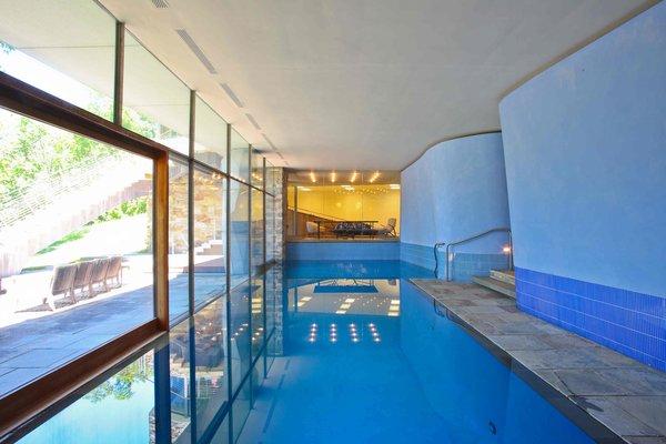 Photo 10 of Serene Modern Washington Estate modern home