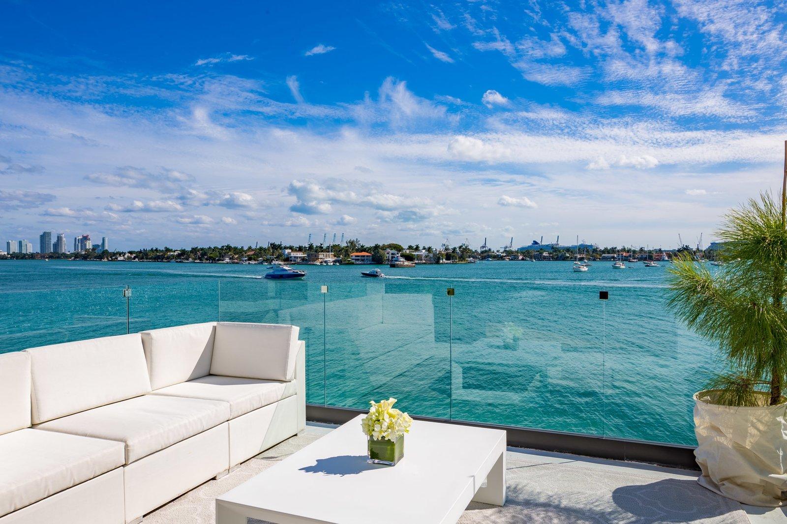 Rooftop Deck  Villa Venetian by Choeff Levy Fischman