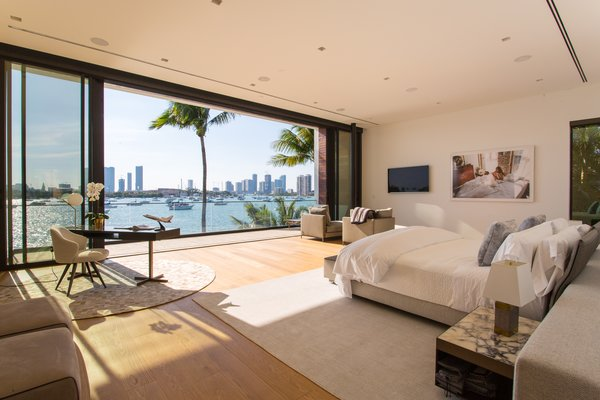 It comes without saying that he master bedroom also has a stunning view.