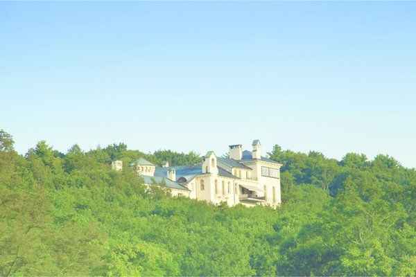 Distant View Photo 8 of Dicks Castle modern home