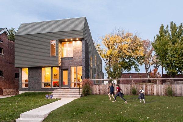 Photo 3 of CG House modern home