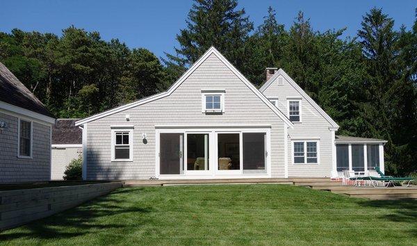 Exterior Photo 3 of Taft / Todd House modern home