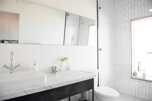 Modern home with bath room. Photo 8 of A Serenity Escape in Joshua Tree