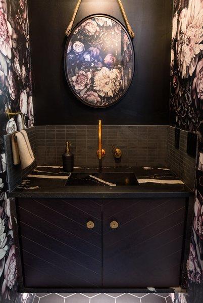 Avenues Residence Master Bathroom. Photo-Aaron Shaw Photo 11 of 529 Avenues Residence modern home