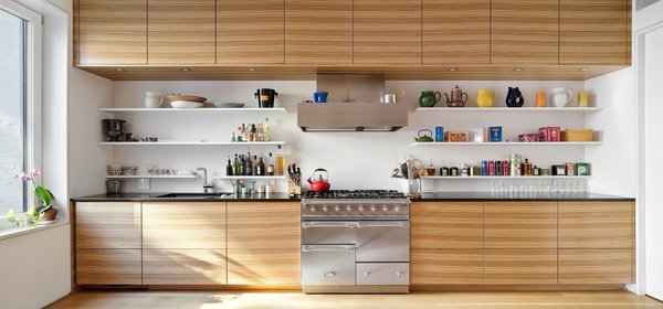 Sleek Poghenpohl kitchen with La Conch Triple Oven Photo 5 of Uptown Loft modern home