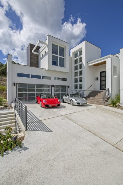 MOTOR COURT VIEW Photo 17 of WONG HOUSE modern home