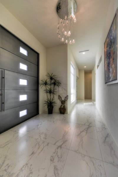 FOYER ENTRACE Photo 8 of ORVANANOS HOUSE modern home