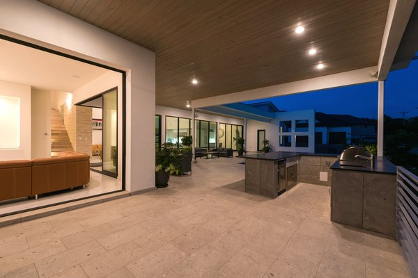 OUTDOOR KITCHEN Photo 4 of ORVANANOS HOUSE modern home