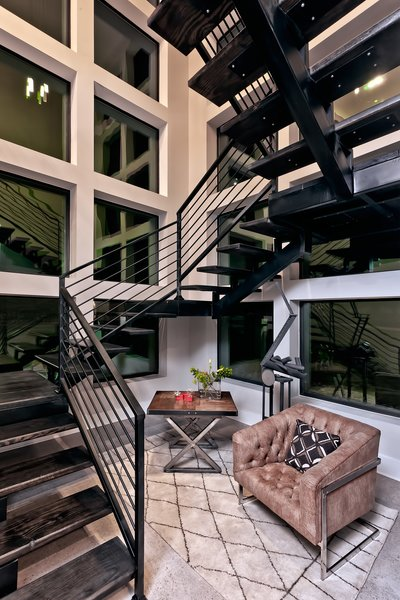 FLOATING STAIRCASE Photo 15 of BHAKTA HOUSE modern home