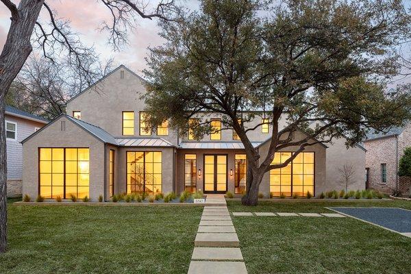 Photo  of 5747 Greenbrier Drive modern home