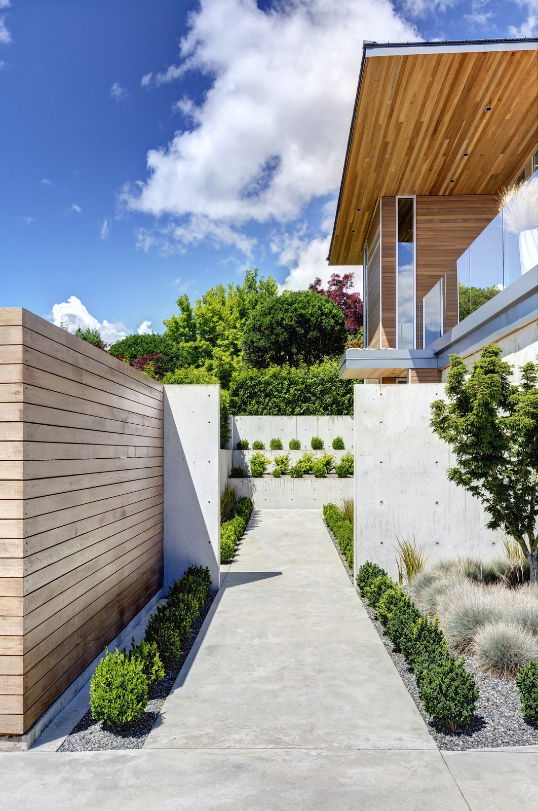 Garden Wall Residence, front entry walk