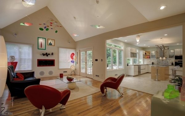 Fabulous Family Room with flush mount in fireplace Photo 4 of Scotch Plains Contemporary modern home