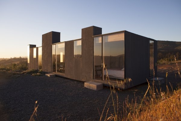 Photo 3 of Leyda House modern home
