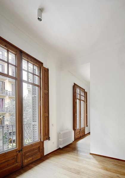 Photo 9 of Typical Barcelona apartment modern home