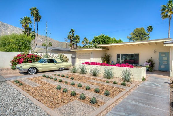 Photo 8 of Palm Springs Mid-Century Gem modern home