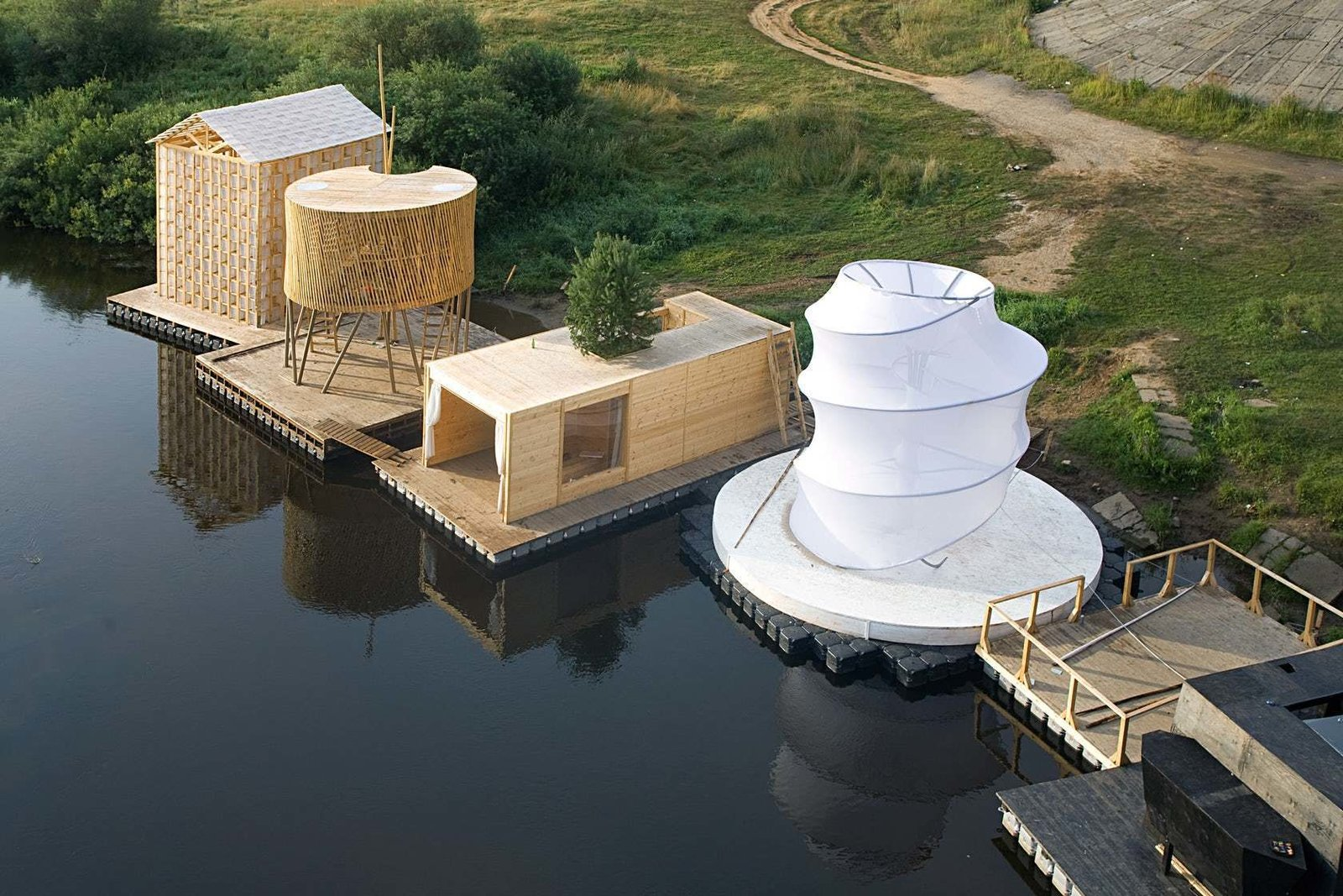 Finnish firm Rintala Eggertsson Architects designed Kaluga Floating Sauna as part of the 'festival of landscape objects' held in Russia in July 2008.  Tagged: Shed & Studio.  Photo 9 of 11 in Escape to One of These 10 Otherworldly Outdoor Saunas from Saunas