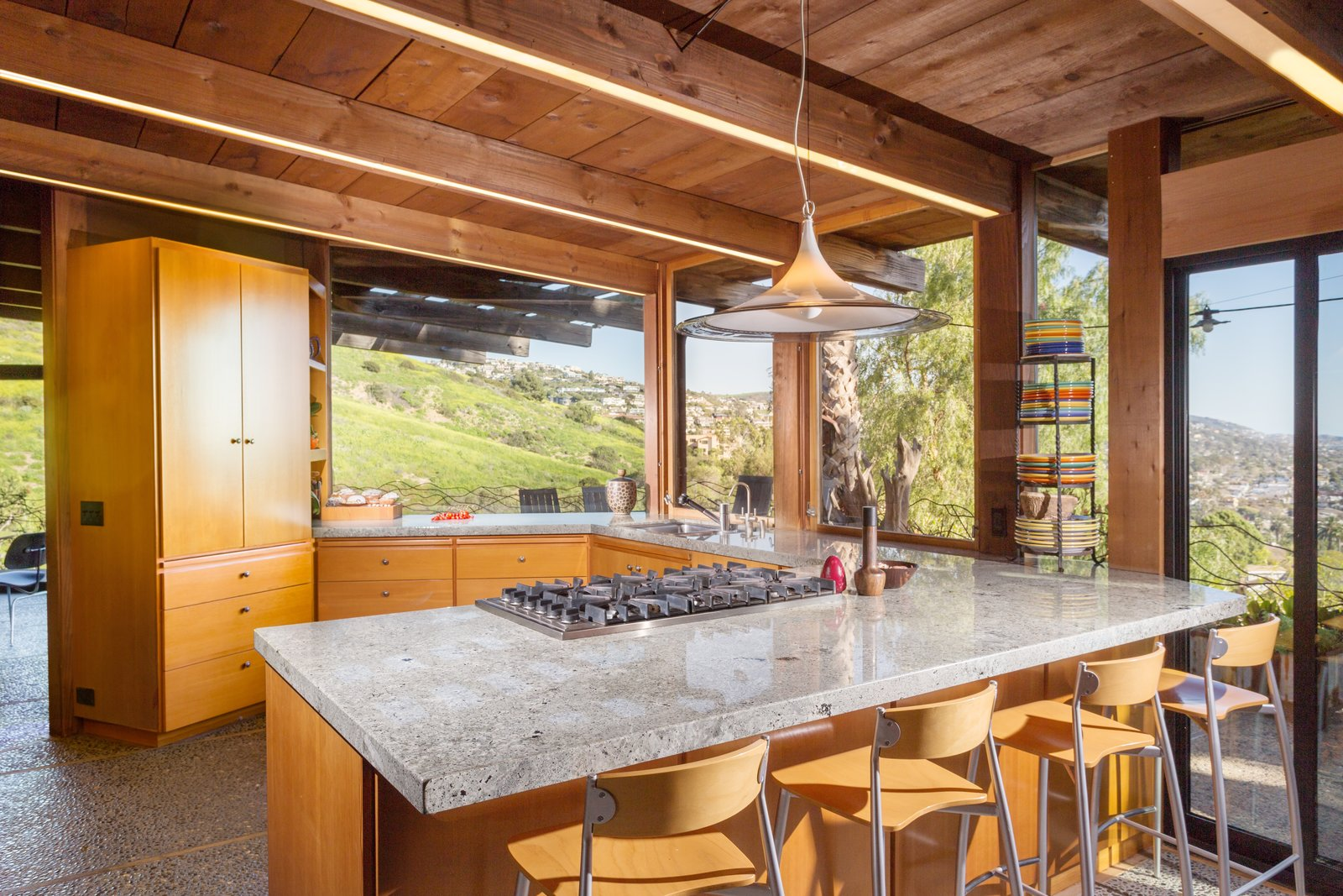 Photo 6 of 13 in A 1974 Masterpiece Is Put on the Market by a Family Friend of the Late Julius Shulman