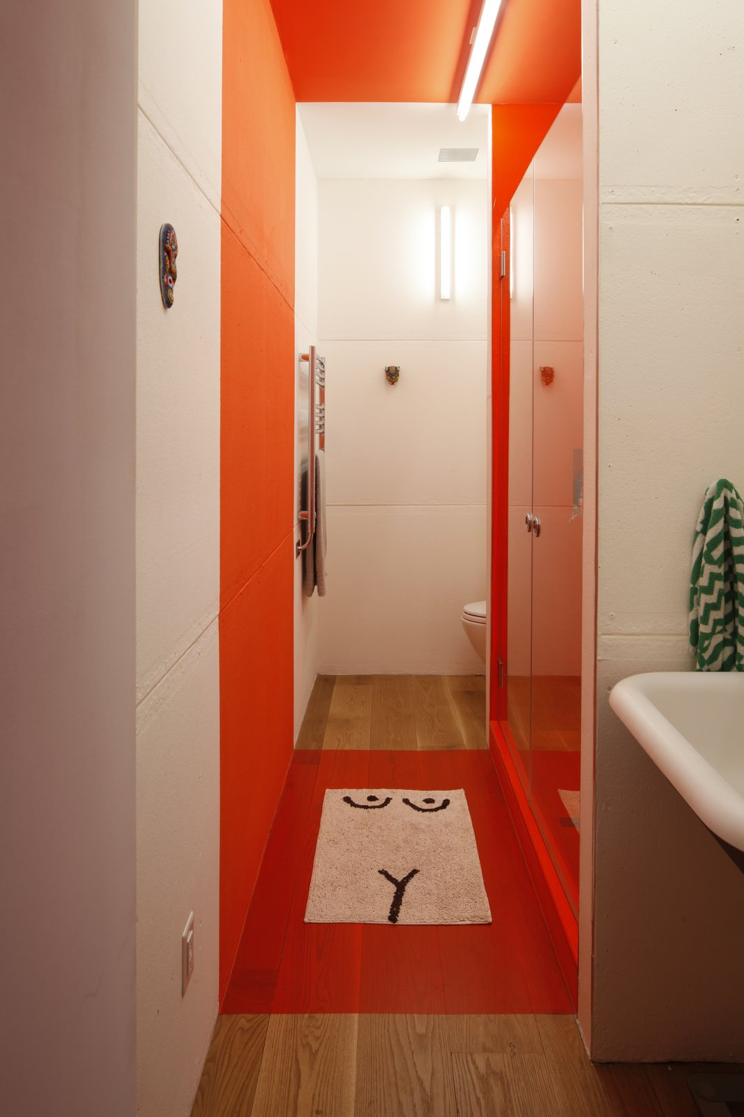 A Brooklyn Carriage House Is Revamped With a Penthouse Made From Shipping Containers - Photo 1 of 12