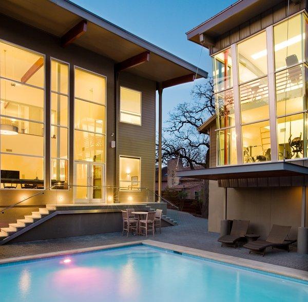 Pool Photo 8 of Meriden Residence modern home