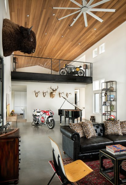 Livingroom Photo 7 of River Garden Trail Residence modern home