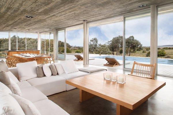 Photo 2 of Rückenwind modern home