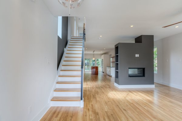 Photo 6 of urban infill row house in historic church hill modern home