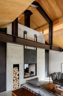 Top 5 Homes of the Week That Rock Their Concrete Features - Photo 3 of 5 -