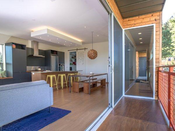 Photo 7 of Hartanov house modern home