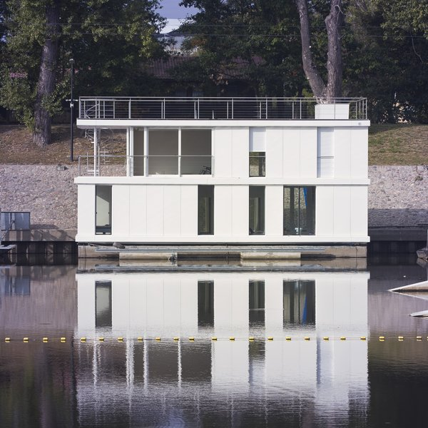 Photo  of The Floating House modern home