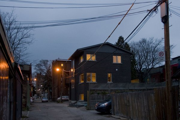 Modern home with outdoor and hardscapes. Laneway Loft - Exterior Photo 7 of Laneway Loft