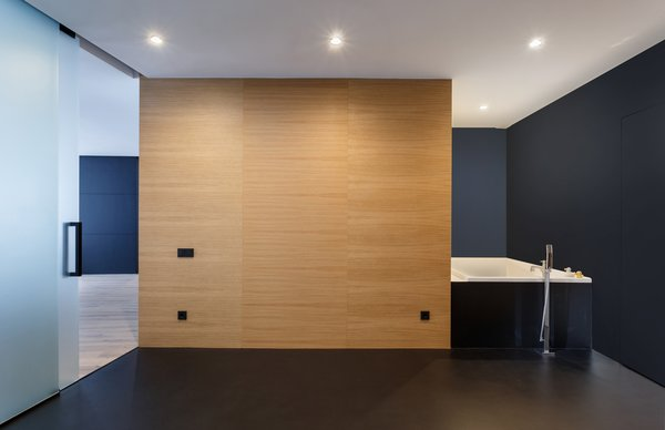 Photo 7 of il1h modern home