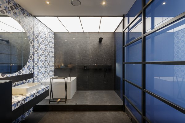 Photo 7 of dt1h modern home