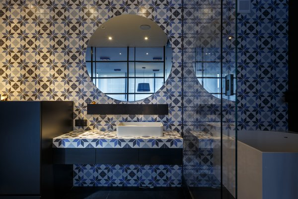 Photo 9 of dt1h modern home