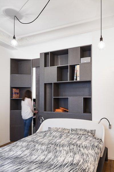 Black & white bedroom Photo 7 of Apartment XIV modern home