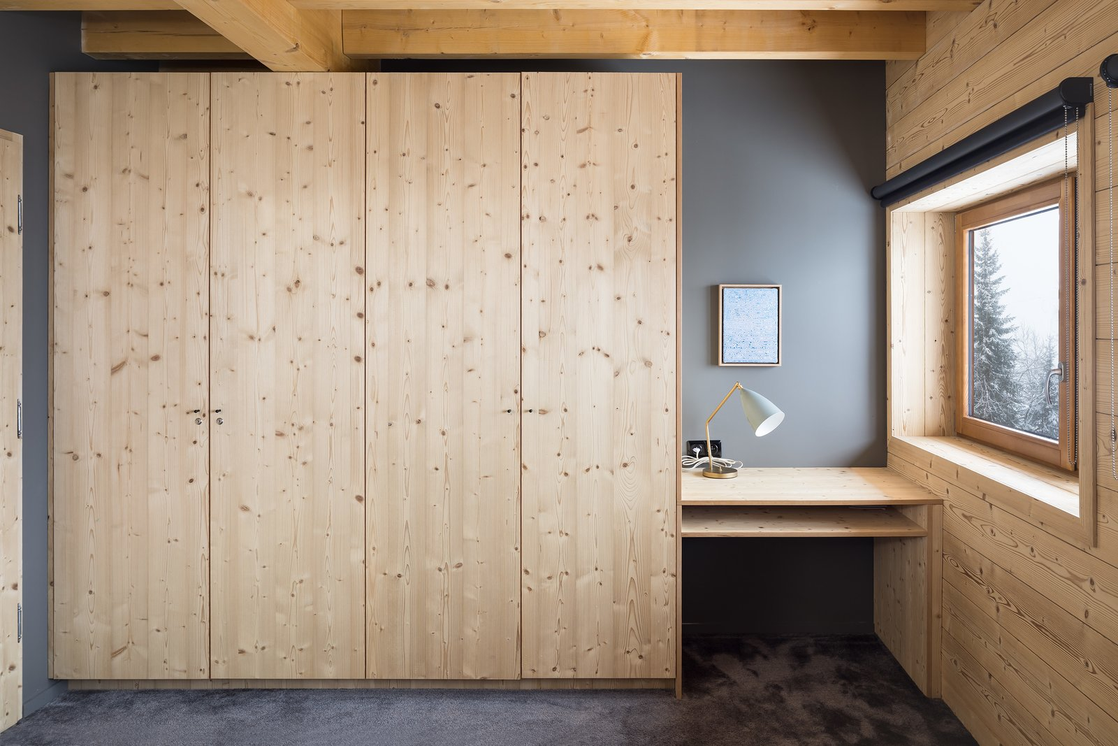 Tagged: Bedroom, Wardrobe, Table Lighting, and Carpet Floor. Mountain House by studio razavi architecture