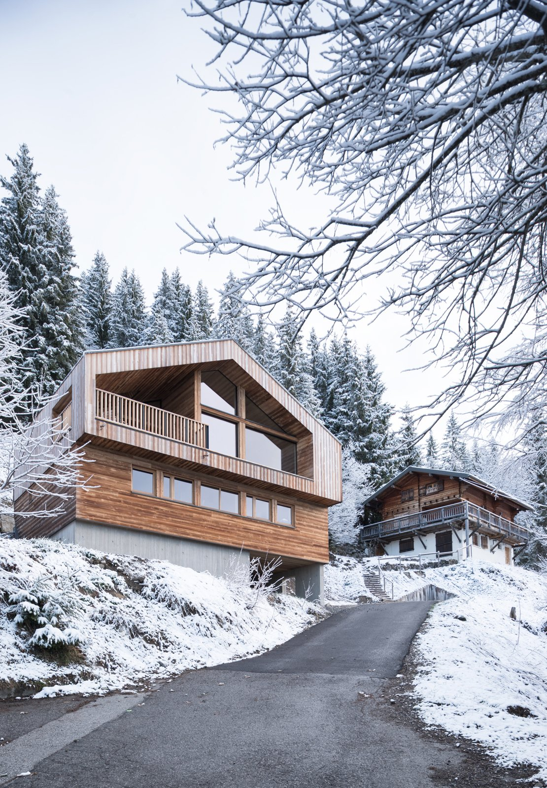 Tagged: Exterior, Cabin Building Type, House, Wood Siding Material, and Gable RoofLine.  Mountain House by studio razavi architecture
