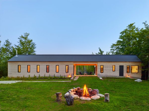 Photo  of Land House modern home