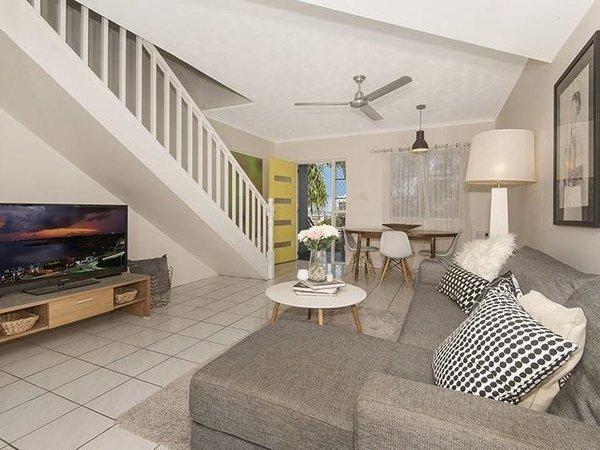 Photo 3 of The Alvarado modern home