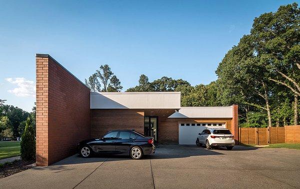 Photo 17 of Gutierrez Residence modern home