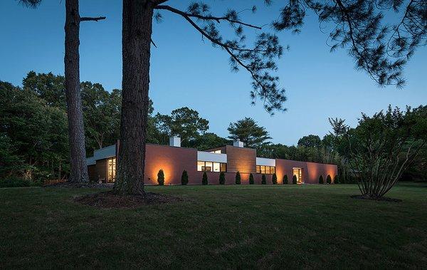Photo 18 of Gutierrez Residence modern home