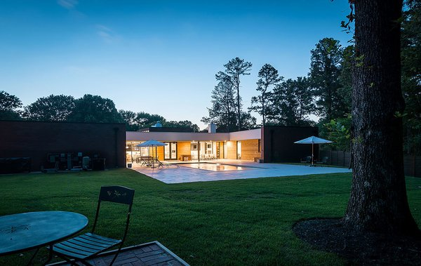 Photo 20 of Gutierrez Residence modern home