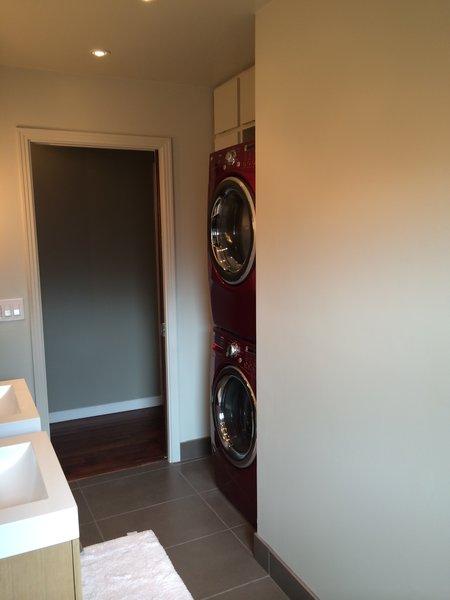 Laundry Facilities of Main Hallway Photo 3 of Mid Century Bath modern home